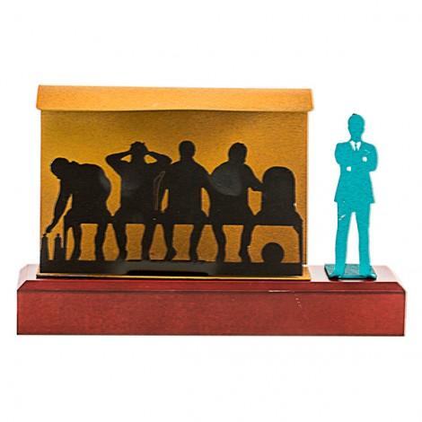 Trofeo resina figura banquillo